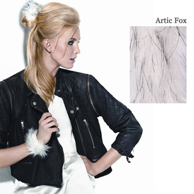 FAUX FUR SNAP WRAP Arctic Fox:  (© Great Lengths)