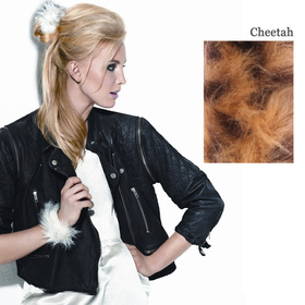 FAUX FUR SNAP WRAP Cheetah:  (© Great Lengths)
