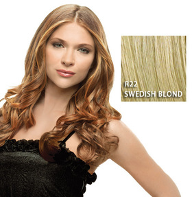 "23"" Clip in Wavy Extension, Swedish Blond:  (© Great Lengths)"