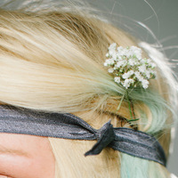 Romantisches Styling mit Fly Bands:  (© Great Lengths)